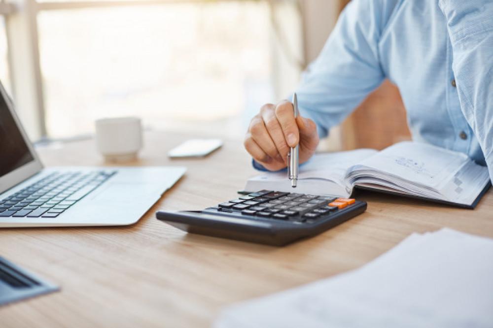 О дифференцировании предельных ставок вознаграждения  по кредитам и микрокредитам